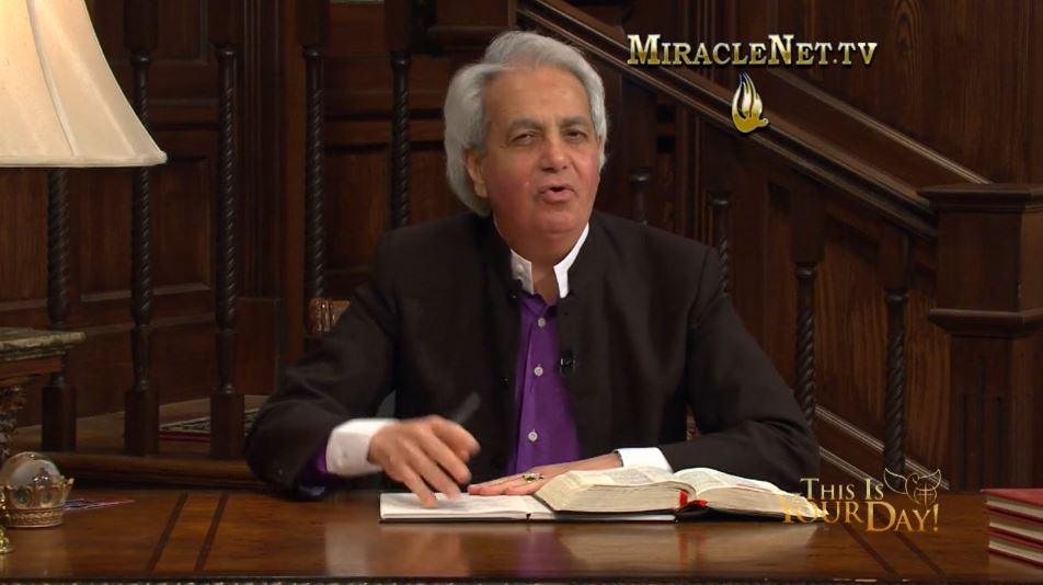 Benny Hinn – The Glorious Power of Prayer
